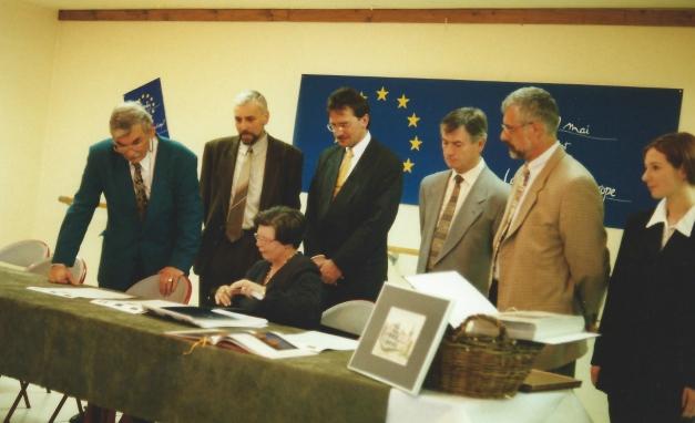 Signature de la Charte à Eterville