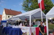 Le Marktfest ! les choses sérieuses commencent : préparation des stands. Das Marktfest! Jetzt geht's los: Stand vorbereiten